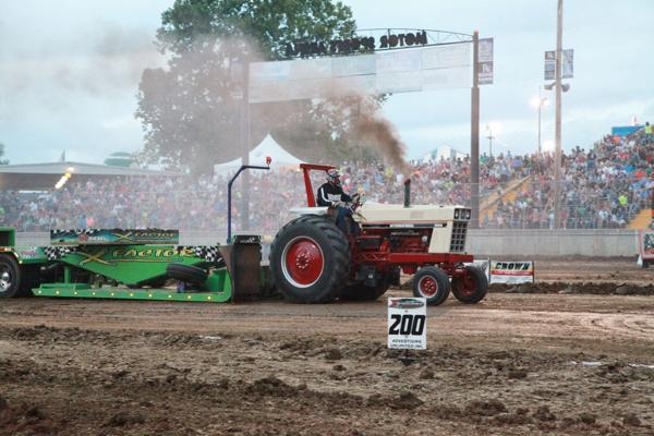 021 Tractor Pull at the Fair 2014.jpg