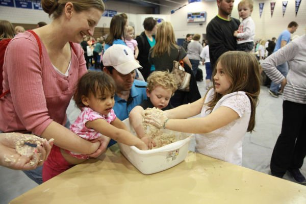 013 Messy Play Night 2014.jpg