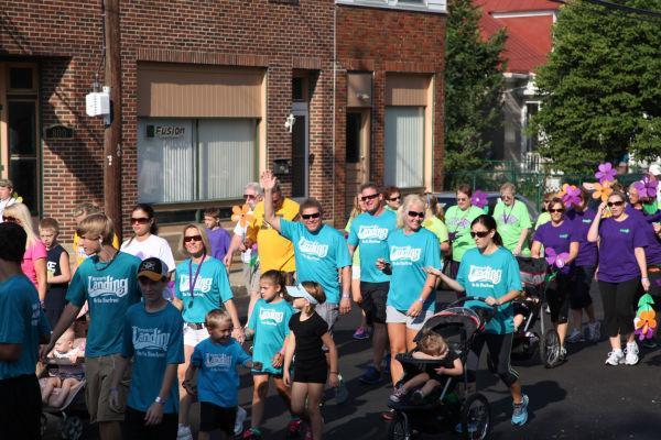 032 Alzheimer Walk 2013.jpg