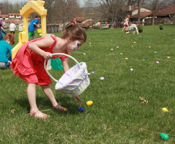 020 First Baptist Church Egg Hunt 2014.jpg