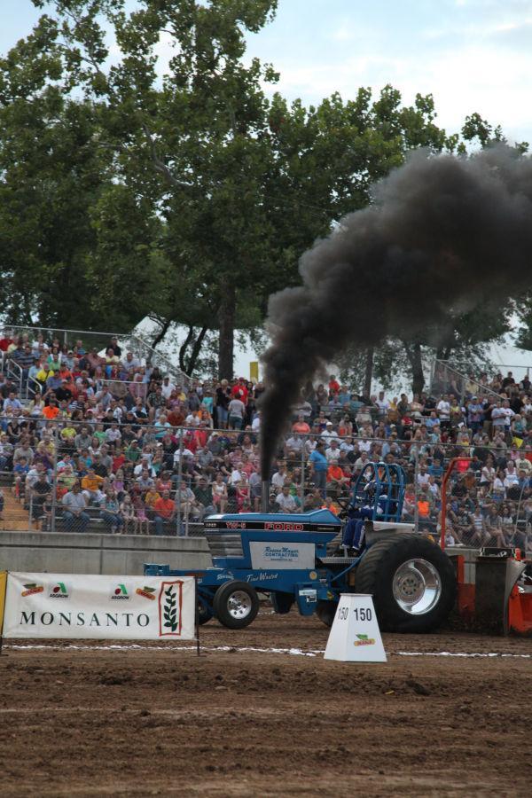 048 Tractor Pull Fair 2013.jpg