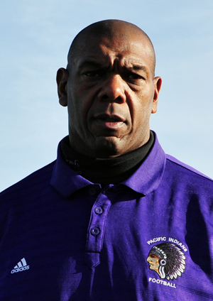Hinkle Resigns As Pacific S Football Coach Sports