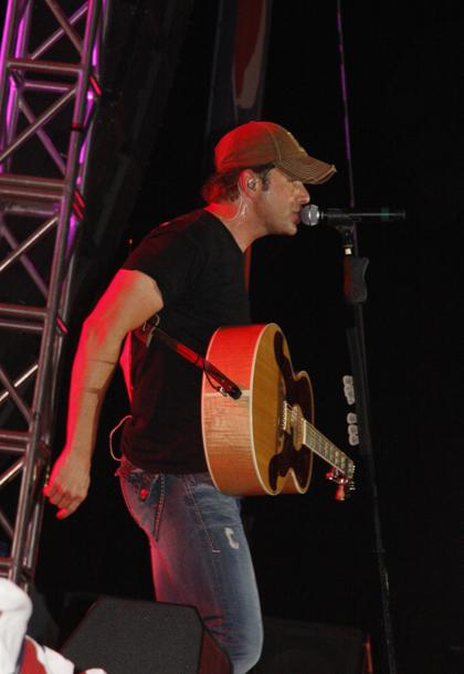 Rodney Atkins TC Fair 025.jpg