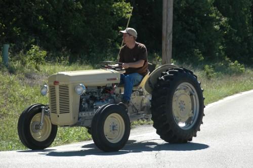 032 SCN tractors.jpg