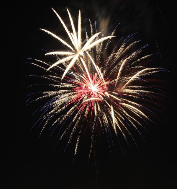 024 Washington MO Fireworks.jpg