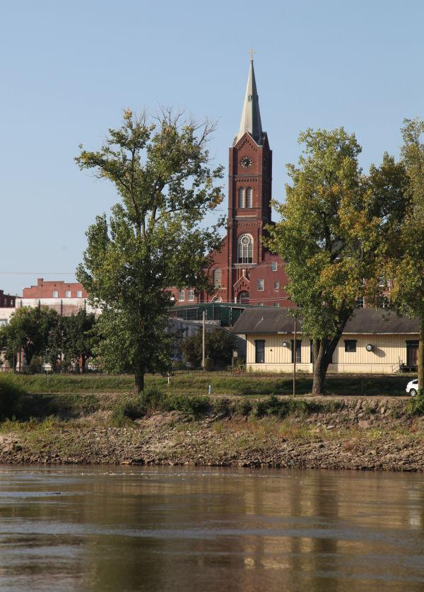 002 Scenes from the River Aug 2013.jpg