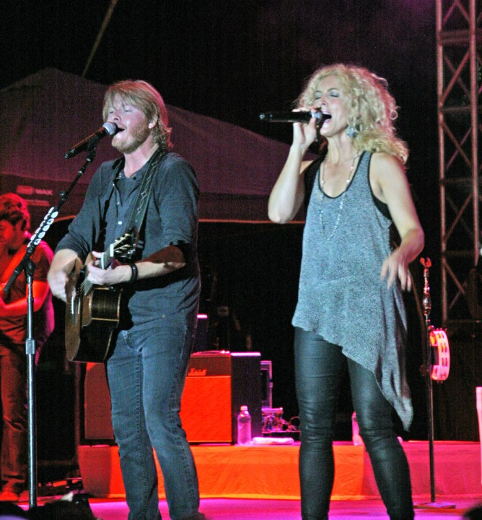 016 Little Big Town Play TnC Fair 2011.jpg