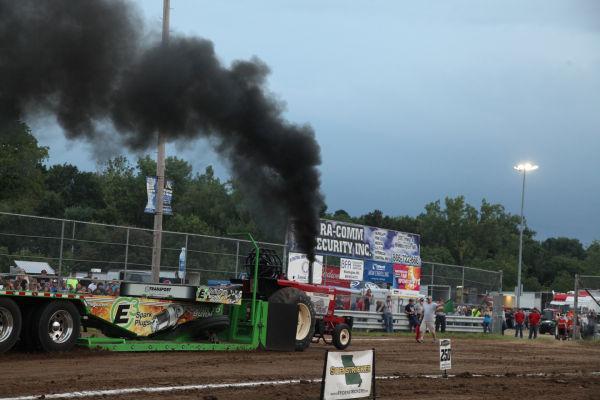 053 Tractor Pull Fair 2013.jpg