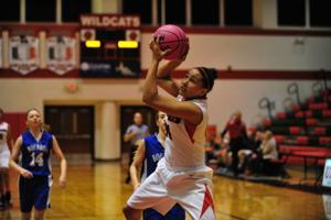 Lady 'Cats Rip Past Bourbon