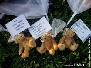 Teddy Bears Parachuted in