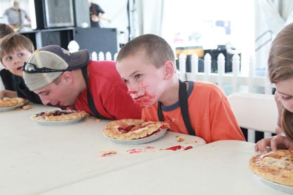 014 Pie eating Contest at fair 2014.jpg
