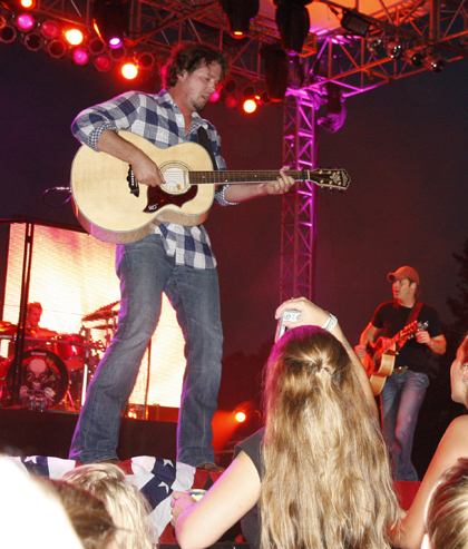 Rodney Atkins TC Fair 004.jpg