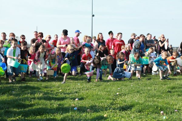 014 Washington City Park Egg Hunt 2014.jpg