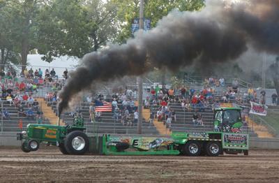 003 Fair Tractor Pull.jpg