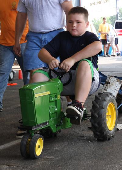 014 Fair Pedal Tractor.jpg