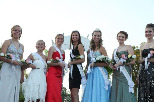 034 New Haven Youth Fair Queen Contest 2013.jpg