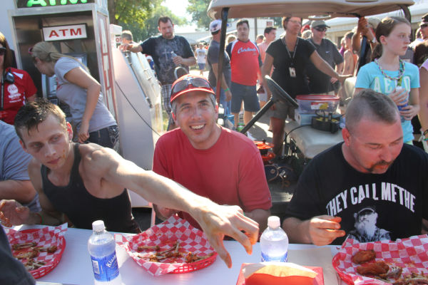 014 Hot Wings Eating Contest 2013.jpg