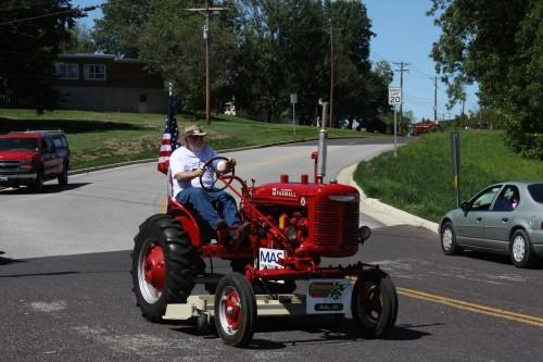 005 Tractors Union.jpg