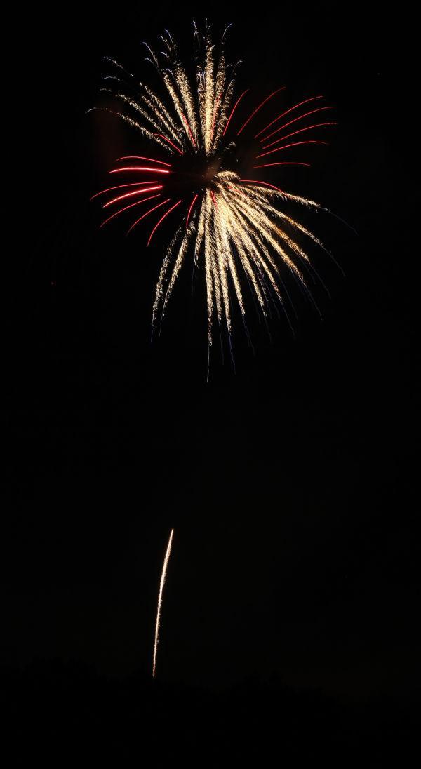 013 Washington MO Fireworks.jpg