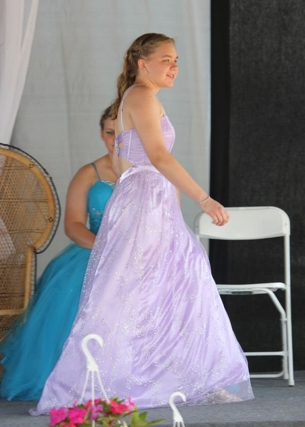 009 Franklin County Queen Contest.jpg