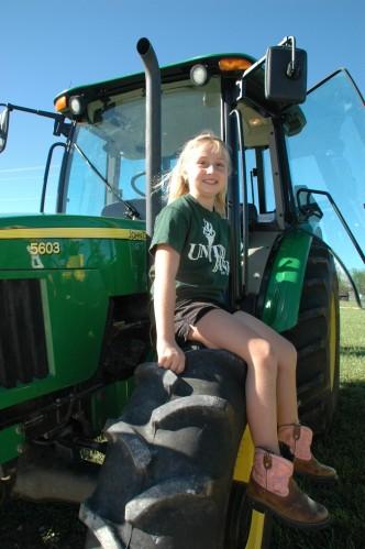 009 SCN tractors.jpg