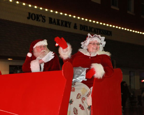 048 Holiday Parade of Lights 2013.jpg