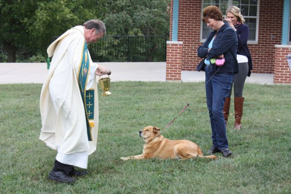 014 Pet Blessing Neier Church.jpg
