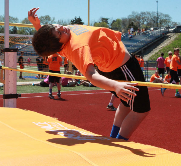 030 7th and 8th Grade Track and Field.jpg