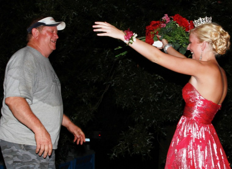 027 Fair Queen Contest.jpg