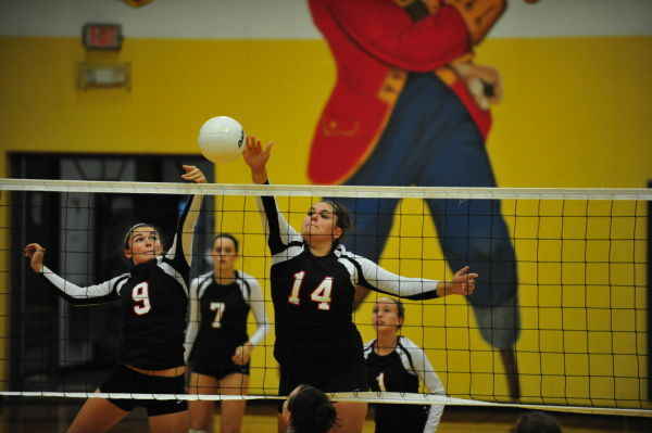 Lady 'Cats Win Chamois Crown'