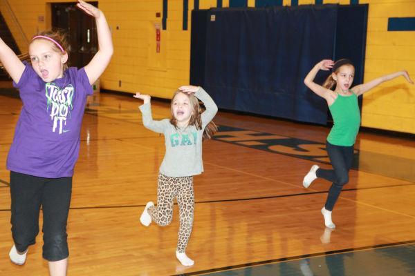 019 SFBRHS Dance Clinic 2014.jpg