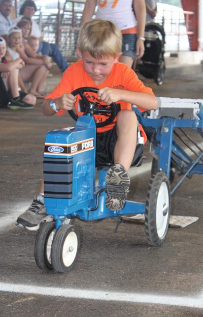 004 Fair Pedal Tractor.jpg