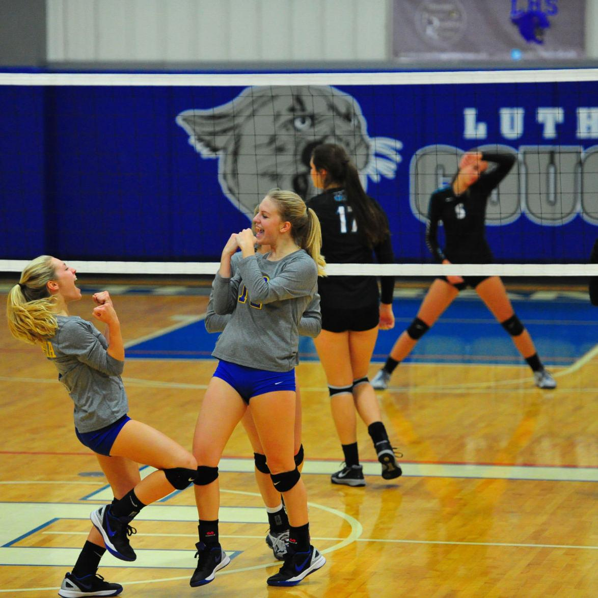 District Volleyball — Borgia vs. O'Fallon Christian