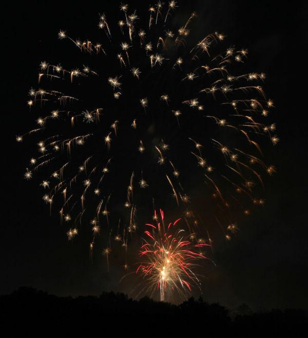 018 Washington MO Fireworks.jpg