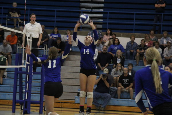 Lady Jays Stay Unbeaten in League