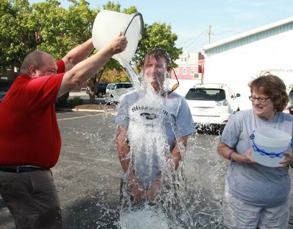 002 Washington Missourian Newspaper Ice Bucket Challenge.jpg