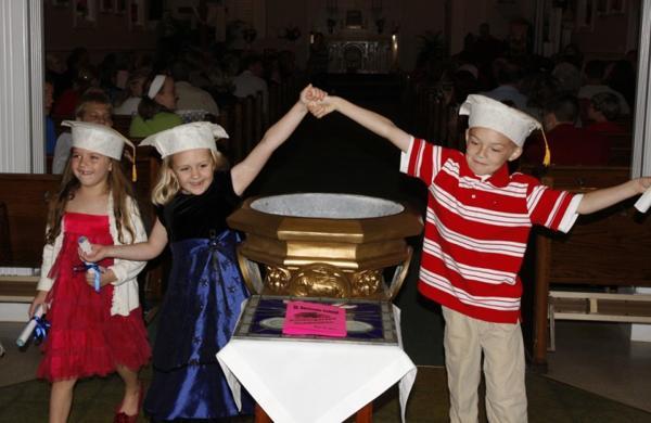 025 St. Gert Kindergarten Grad.jpg