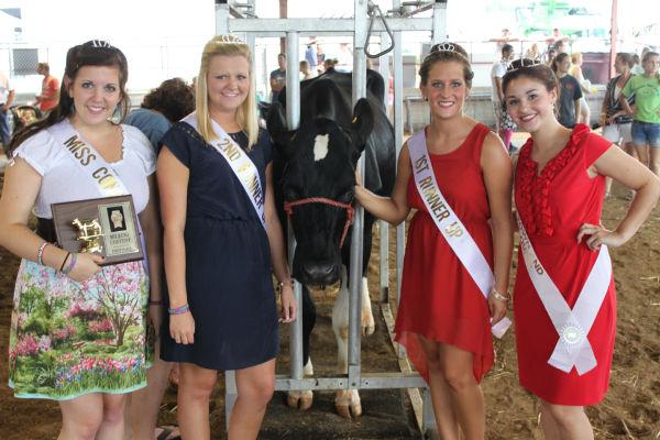 012 Milking Contest 2013.jpg