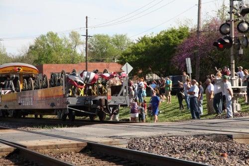 037 Train.jpg