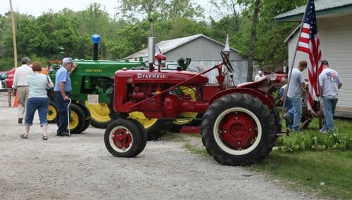 001 Labadie Tractor.jpg
