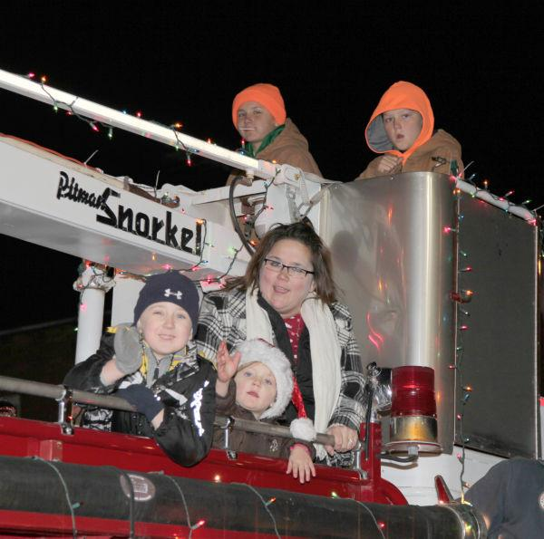 028 Holiday Parade of Lights 2013.jpg