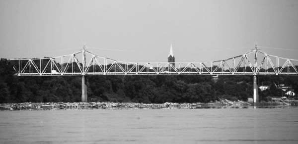 020 Missouri River Bridge in Black and White.jpg