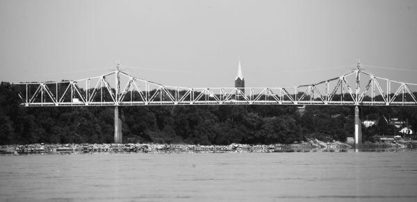 020 Missouri River Bridge in Black and White.jpg