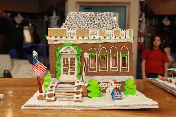 017 Gingerbread Houses 2013.jpg