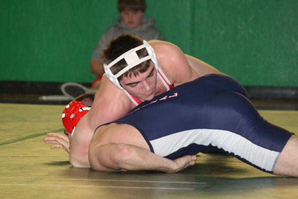 042cl2dist1wrest13.jpg