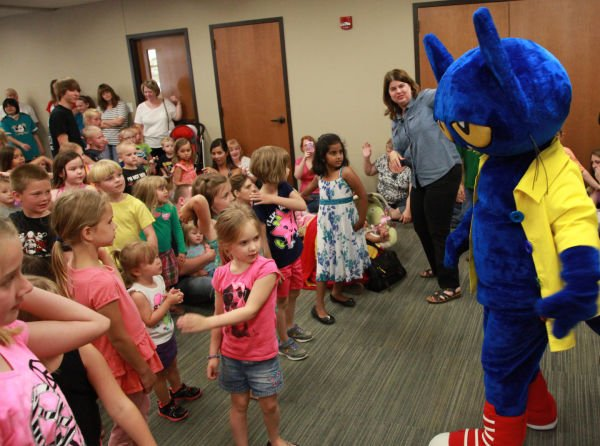 004 Pete the Cat.jpg