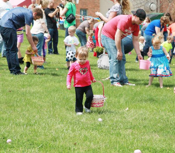 010 First Baptist Church Egg Hunt 2014.jpg