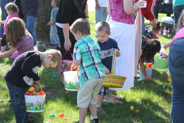 015 Word of Life Egg Hunt 2014.jpg