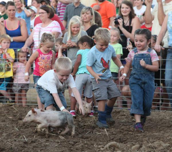 006 New Haven Youth Fair Pig Chase 2013.jpg