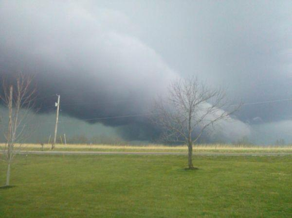 Shelf Cloud Near YY